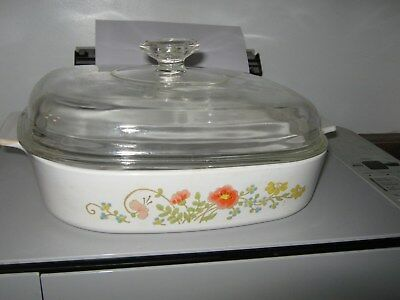 Corning Ware Wildflower 2.5Qt. Casserole A10B and Pyrex Clear glass lid A12C.
