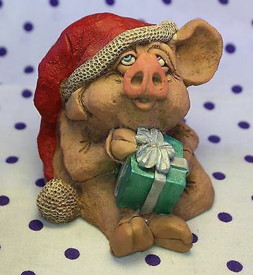 1994 Douglas Christmas HOLLY Pig Figurine Red Hat Present Gift Whimsical Signed