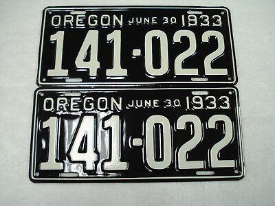 1933 Oregon license plate pair