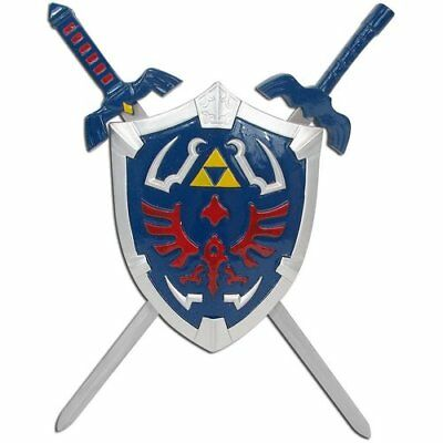 Legend of Zelda Link Hylian Shield & Swords Triforce Wall Mini Display Set '