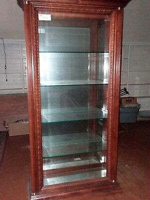 Large Pulaski Lighted Curio Display Cabinet Cherry Wood Glass Mirror