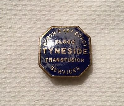VINTAGE 1950s BLOOD DONOR BADGE  VERY RARE N-E COAST TYNESIDE TRANSFUSION MINT