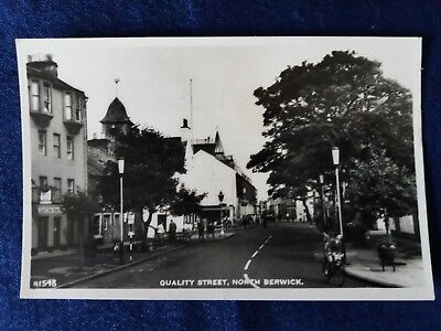 Vintage Post card Scotland Quality Street North Berwick Black & white A1548
