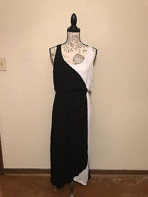 Chelsea Theodore Maxi Dress With Crochet Embellishment Size M