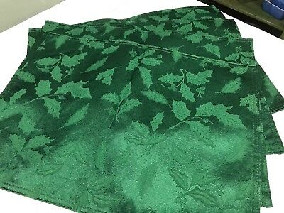 Christmas Placemats Damask Green Holly Set of 4 13x17 (36)