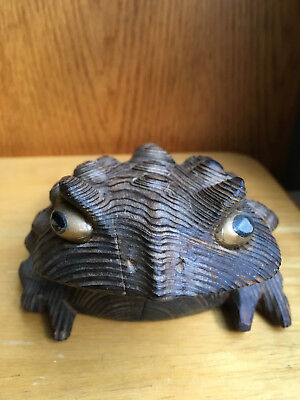 "CARVED WOODEN FROG / HORNEY TOAD (large 5""L x 4""W) - JAPAN CRYPTOMERIA WOOD"