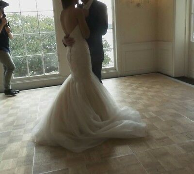 Gorgeous Alfred Angelo Mermaid Wedding Gown- Affordable!