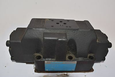 Vickers Eaton DG5V-8-S-33A-M-FTWL-B-10 Hydraulic Directional Control Valve 02-39