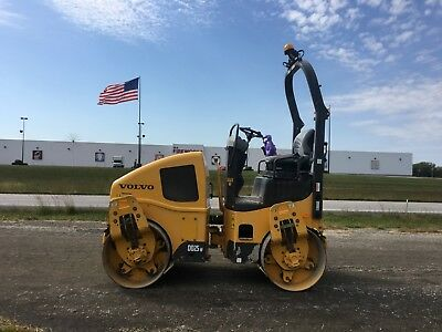 "2013 Volvo DD25W Vibratory Roller 47"" Drums (Nice with Low Hours!!!!)"