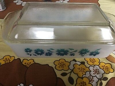Vintage Pyrex Casserole Dish Rectangle With Lid