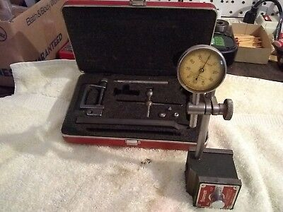 Vintage Starrett dial indicator set with Starrett no.657 magnetic base