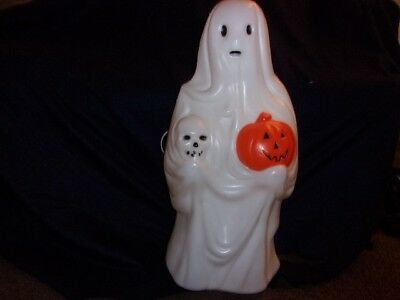Cool Halloween Ghost That Glows In The Dark!
