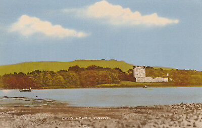 Loch Leven Castle Kinross Picture Scotland c.1967 Printed Posted Postcard