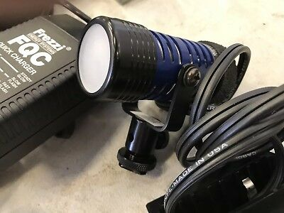 FREZZI Mini 35w 12 Volt Studio Light