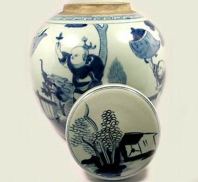 """Exceptional 19thC Blue and White """"Ming"""" Official Rides Foo Dog Jar + Lid China"""