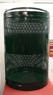 Rubbermaid Howard Towne Steel Green 63 Gallon Trash Can Receptacle