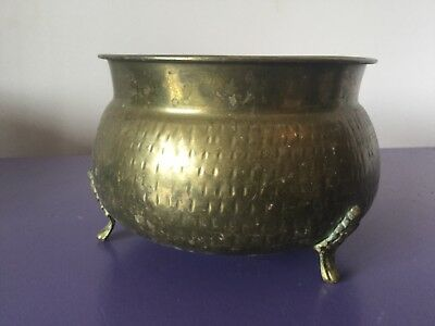 Vintage. Quality Brass Planter Plant Pot Jardinierer.  Traditional