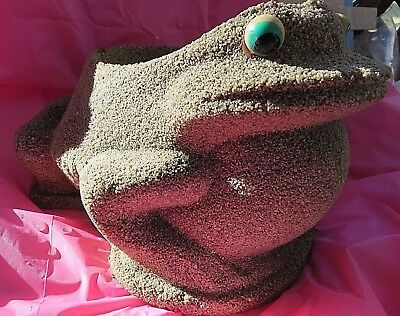 Vintage Frog Planter Garden Pot Cement Large Grain Sand Finish Big Eyes 23 lbs