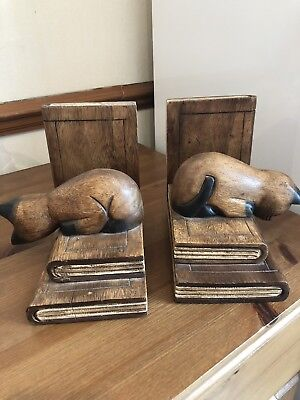 """Carved Wooden Looking Over Shelf Cat Bookend 6x7"""" x 2"""
