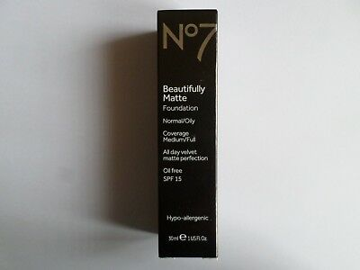 No7 BEAUTIFULLY MATTE FOUNDATION OIL FREE SHADE:  BEIGE 30ml