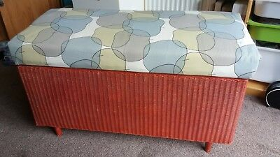 Vintage Retro 1960's 1970's Lloyd Loom Style Wicker Ottoman Storage Blanket Box