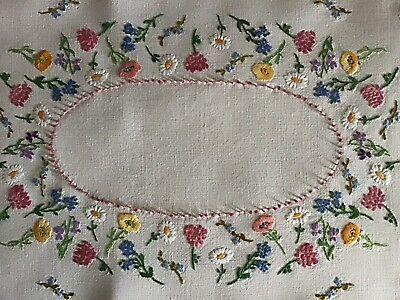 Beautiful Vintage Linen Hand Embroidered Tray Cloth ~ Wild Flowers