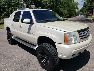 "2003 Cadillac Escalade EXT 2003 Cadillac Escalade Ext AWD ""LIFTED"""