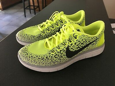 16608635f09ce Men s Nike Free RN Distance Running Shoes 10 Black Neon Yellow Volt  Lightweight