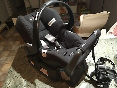 Baby Capsule Car Seat Britax Safe N Sound Unity NEOS Capsule, Base, Straps 2017