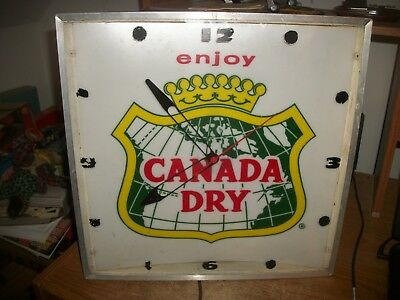 Vintage Electric Dualite Canada Dry Clock Glass front