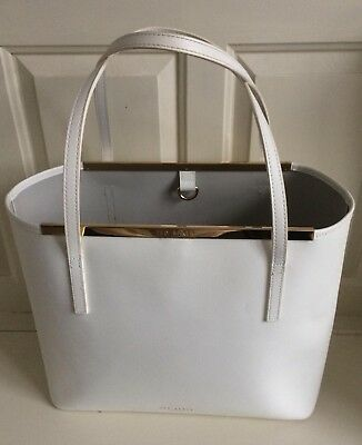 d7f7acb37e3104 TED BAKER PEARLY Petals Tote Bag Rrp £189