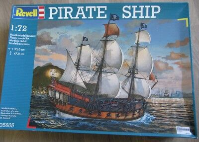 Revell 5605 Pirate Ship 1/72