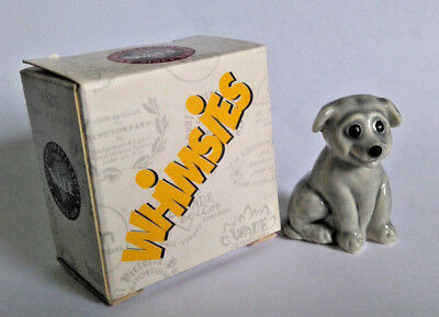 WADE Whimsie PUPPY / DOG, SITTING Comical Whimsies 2004 *BOXED*