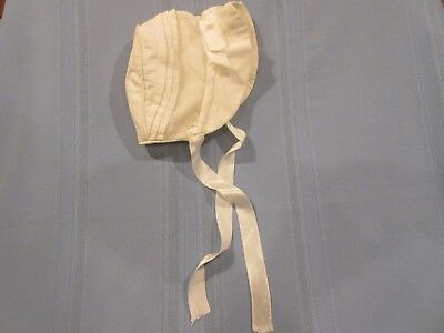 vintage baby bonnet w/ stand up brim white for boy or girl 0-6 ms. nice details