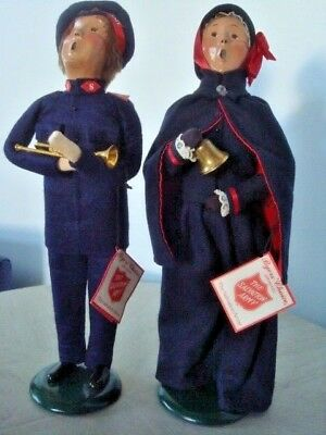 Clean 1993 Byers Choice Salvation Army Man and Woman Carolers w/ tags