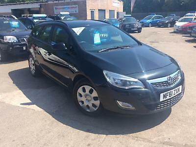 Vauxhall/Opel Astra ESTATE 1.7CDTi 16v ( 110ps ) 2011.5MY ES