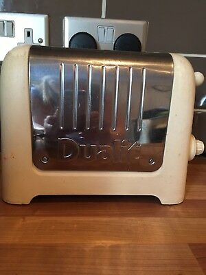 Dualit 2 Slice Lite Toaster in Cream 26202