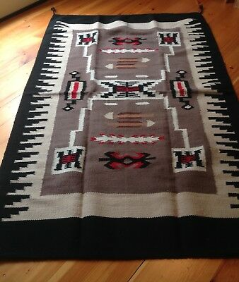 Navajo Design ,Southwestern Wool Rug or Wall Hanging 4 X 6 Gray Storm