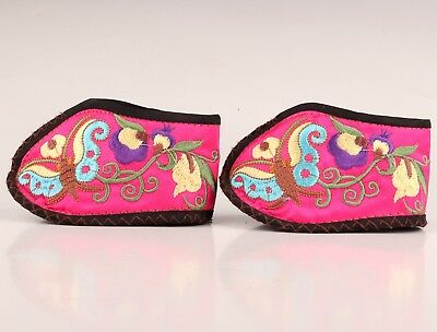 2 Vintage Chinese Embroidered Silk Shoes Adorn Collection Old Hand Carved