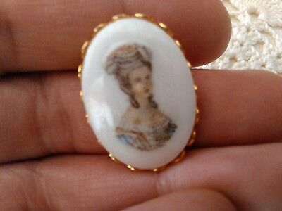 """Vintage Cameo Brooch, Pin, Porcelain, Lady Picture, 1"""" X 3/4"""", Golden Setting"""
