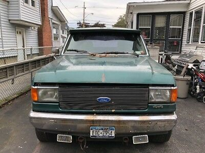 1989 Ford Bronco  Fully loaded 1989 Ford Bronco Eddie Bauer Edition only 77k miles