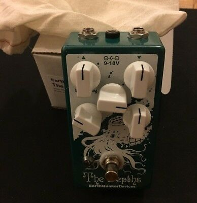 EarthQuaker Devices The Depths Optical Vibrato Guitar Vibe Pedal