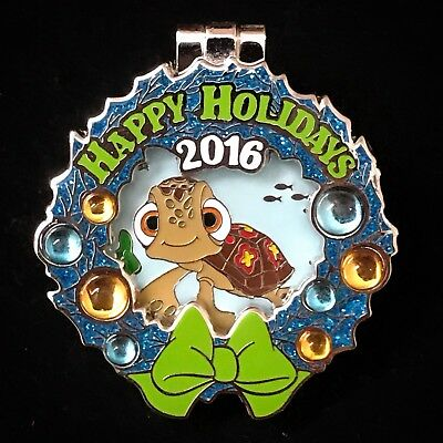 LE Finding Nemo Squirt Turtle Holiday Wreath 2016 WDW Vero Beach Dory Disney Pin