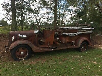 1936 Ford Fire Truck Flat Head V8 Some body parts good for refurbishing.