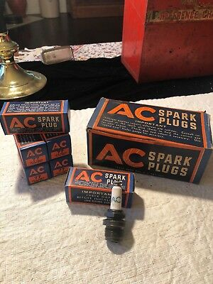 VINTAGE (6) NOS AC SPARK PLUGS No. 77 In Original Box. Un Opened