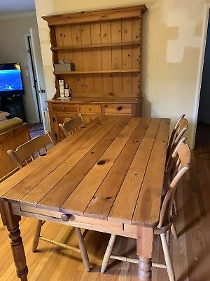 Ethan Allen Beautiful Hutch & Dinning Room Table Pine Farmhouse W/4 Chairs