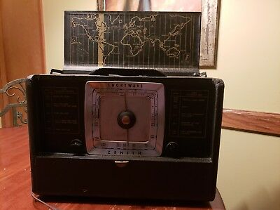 VINTAGE ZENITH MERIDIAN L507 SHORTWAVE /AM Great condition Tested Classic