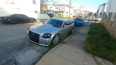 2006 Dodge Magnum  This is a 2006 Dodge Magnum SRT8 with 104584 miles