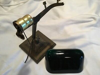*NO RESERVE* Antique Emeralite Green Cased Shade 8734 Banker's Lamp