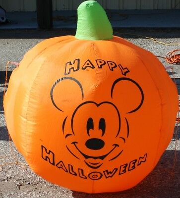 Gemmy Disney Mickey Mouse Halloween Pumpkin Airblown Inflatable Yard Blowup